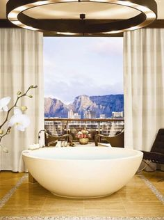 Contemporary design at One & Only Cape Town, complete with an urban chic ambience and the largest accommodation in Cape Town. Get more inspirations on: http://www.bocadolobo.com/en/inspiration-and-ideas/