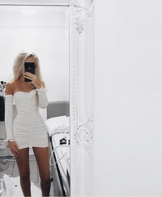 Best Buying Women's Fashion Tips – Clothing Looks Trendy Outfits, Fashion Outfits, Womens Fashion, Fashion Trends, Fashion Clothes, Cute Dresses, Casual Dresses, Neon Dresses, Outfit Chic