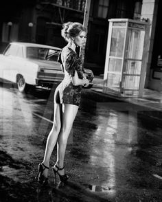 Amy Adams sexy legs in a romper and platform high heels Drop Dead Gorgeous, Beautiful Legs, Beautiful Women, Gorgeous Heels, Simply Beautiful, Actress Amy Adams, Amazing Amy, Awesome, Isla Fisher