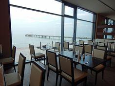Speisesaal Hotel Bayside mit Blick auf die Seebrücke Scharbeutz