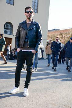 すっかりメンズファッションの定番となったライダースジャケット。ライダースジャケットの知識と着こなし事例をおさえて、ライダースジャケットでかっこ良くキメましょう!