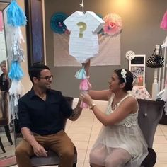 Follow @surprisepinata  to check out the video! Gender reveal piñatas!