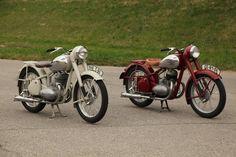 Fotka uživatele Miloň Dvořák. Royal Enfield, Motorbikes, South Africa, Motorcycles, Cars, Sexy, Vehicles, Vintage, Autos