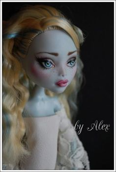 """OOAK Monster High Doll """"Leticia"""" Repaint and Custom by Alex"""