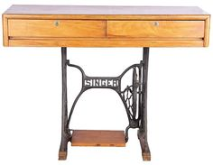 Singer writing desk, P12,500, Kabisayaan