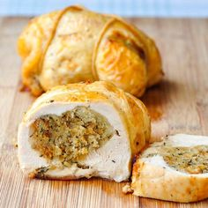 A traditional savoury stuffing for poultry and game birds made with breadcrumbs, onions and summer savoury, a delicious, fragrant herb. Canadian Cuisine, Canadian Food, Canadian Recipes, Canadian Culture, Stuffing Recipes, Turkey Recipes, Chicken Recipes, Turkey Dishes, Pumpkin Recipes