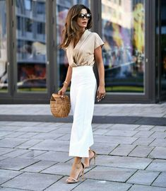 end of summer work outfits Business Casual Outfits, Classy Outfits, Chic Outfits, Fashion Outfits, Business Attire, Fashion Skirts, Fashion Hacks, Fashion Trends, Fashion Tips