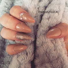 FALSE NAILS - Caramel, Glitter, Diamond - Stick On - The Holy Nail UK by TheHolyNailUK on Etsy https://www.etsy.com/listing/268256420/false-nails-caramel-glitter-diamond
