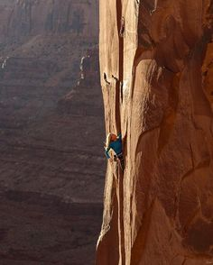 www.boulderingonline.pl Rock climbing and bouldering pictures and news Pamela Shanti Pack (