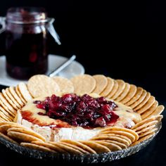Baked Brie with Fresh Cranberries. Baked brie is the perfect holiday party dessert especially when topped with a fresh cranberry balsamic compote! Cranberry Recipes, Holiday Recipes, Thanksgiving Recipes, Holiday Appetizers, Appetizer Recipes, Brie Appetizer, Popular Appetizers, Yummy Appetizers, Milk Recipes