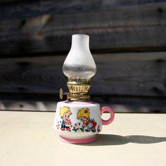 Petite lampe à pétrole vintage, années 70/80 pour enfants !