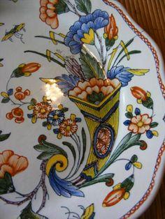 Assiette en faïence de Rouen XVIII°