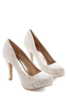 Soft Steps Heel. As a powerful executive, your presence is both commanding and compassionate. #white #wedding #bride #modcloth
