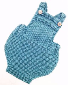 Diy Crafts - babyknits,knittingkits-Check this cute dungarees! Designed and knitted by I love Tricoté ❤️. We wish you a nice Sunday! Mirad este p
