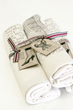 Mitat - General Purpose Bags Vintage Style, Vintage Fashion, Napkin Rings, Shelter, Purpose, Gift Wrapping, Pretty, Gifts, Bags