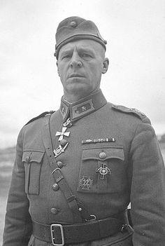 Kenraalimajuri, Mannerheim-ristin ritari Einar Vihma (1893-1944).