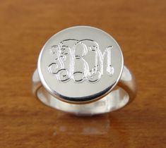 Monogram Ring want!