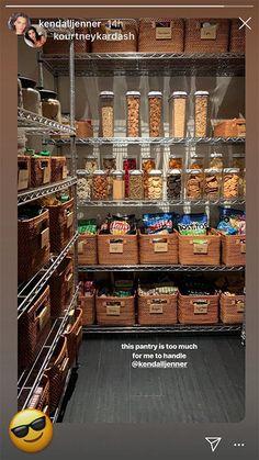 No necesitas amor, necesitas la despensa de Kendall Jenner- CosmopolitanES Home Organisation Tips, Apartment Kitchen Organization, Pantry Organization, Organized Pantry, Pantry Storage, Pantry Room, Food Storage, Kitchen Pantry Design, Open Plan Kitchen