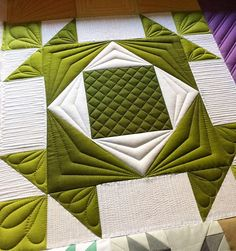 Just a little work today. I was really hoping to finish up @craftycop's quilt today, but I fear I caught the stomach flu from my granddaughter . I guess we will see! ❤️ #norestfortheweary ❤️ #modabuildingblocks ❤️ @vchristenson #vandcoombre ❤️ @quilters-dream #dreamwool ❤️ #superiorthreads #longarmquilting #customerquilt #customquilting #quiltingwithrulers #thepqedge #theqpcurvetemplates #gammillquilting