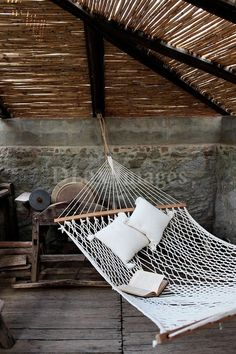 I feel like I should live somewhere with exposed beams so I can hang hammocks and other things easily.