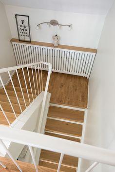 Elementskydd. Mäklarbild, inspiration. Brunnsgatan 42 H Gävle Stair Handrail, Stairways, Projects To Try, Inspiration, Home Decor, House, Ideas, Stairs, Biblical Inspiration