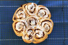 Our Thermomix Apple & Cinnamon Scrolls take only 10 minutes to prepare, need no proving time at all. and of course, taste great! Perfect for morning tea! Apple Cinnamon Rolls, Cinnamon Butter, Cinnamon Apples, Apple Custard, Custard Cake, Thermomix Bread, Thermomix Desserts, Scrolls Recipe, Cinnamon Scrolls