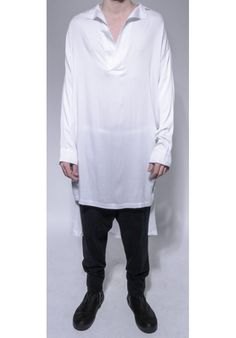 "DAVID ROAD ""WHITE LONG SHIRT WITH INSIDE BELT"" 100% COTTON : 330 € -30% >> 231 €"