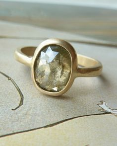 love gold rings -- especially this one!