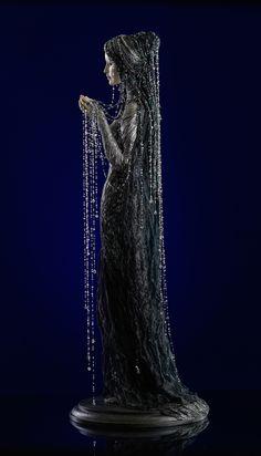 К ее лицу шел черный туалет...   Коллекционные фарфоровые куклы в светских костюмах XIX – XX веков. Обсуждение на LiveInternet - Российский Сервис Онлайн-Дневников