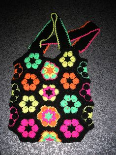 african flower bags | FINISHED AFRICAN FLOWER NEON BAG | Flickr - Photo Sharing!