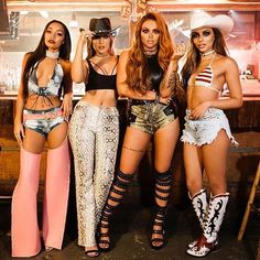 Find images and videos about little mix, perrie edwards and jesy nelson on We Heart It - the app to get lost in what you love. Perrie Edwards, Band Outfits, Stage Outfits, Fashion Outfits, Jesy Nelson Instagram, Little Mix Instagram, Little Mix Outfits, Litte Mix, Studded Denim