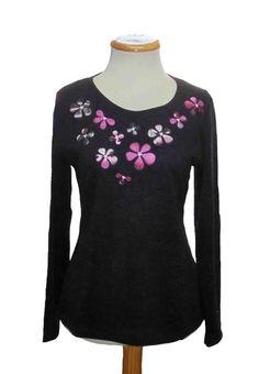 "Camiseta bordado ""Flores tela"" Color Negro"