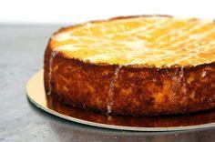 Clementine Cake (Smitten Kitchen) - 5 ingredients: whole clementines, ground almonds, sugar, baking powder, eggs Food Cakes, Cupcake Cakes, Smitten Kitchen, Sweet Recipes, Cake Recipes, Dessert Recipes, Gluten Free Cakes, Gluten Free Baking, Clementine Cake