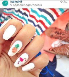 Pineapple and flamingo