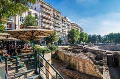 A route to discover the Roman history of Thessaloniki - blog.thessaloniki.travel Contemporary Museum, Roman Era, Roman Forum, Coffee Places, Roman History, Thessaloniki, Ancient History, The Locals, Cafeterias