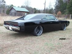 Eddie's 512ci '69 Dodge Charger.