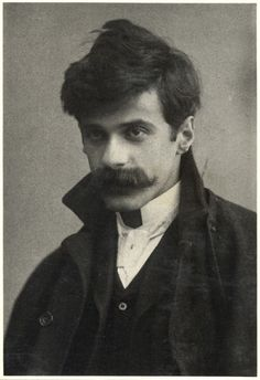 Photographer Alfred Stieglitz self-portrait, c. 1894, age 30. Holy shitsnakes, I was born in the wrong era. I'd travel time for Stieglitz in a heartbeat.-Bee