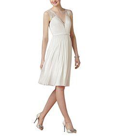 3e17bd49f0 Women s Double V-neck Lace Chiffon Sleeveless Vintage Wedding Dress US 2  Ivory at Amazon Women s Clothing store