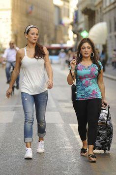 Jenni Farley - Jersey Shore Cast Walking Through Florence