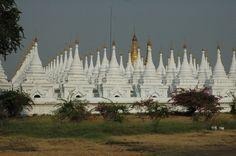 Kuthodaw Pagoda, Mandalay, Myanmar