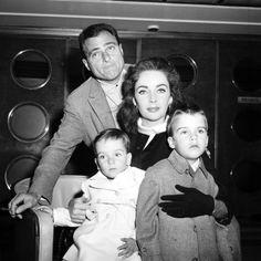 Mike Todd, Elizabeth Taylor + kids