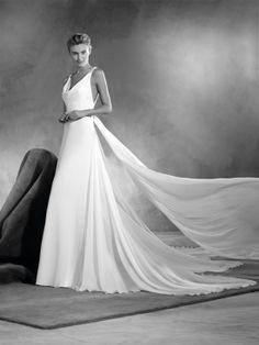 'Einara' Pronovias Barcelona Atelier 2017 Wedding dresses available at Instyle Bridal Drummoyne, Sydney Australia PH:(02)91814422