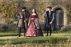 Mary Boleyn Red Dress Cut Scene Scarlett Johansson The Other Boleyn Girl Elizabethan Costume, Elizabethan Fashion, Elizabethan Era, Tudor Costumes, Movie Costumes, Cool Costumes, Amazing Costumes, 16th Century Fashion, The Other Boleyn Girl