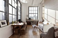 White Apartment: lofts
