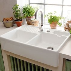 The Butler Sink is a Villeroy & Boch classic known for its spacious area where washing a baking tray or filling a large. Butler Sink Kitchen, Rustic Kitchen Sinks, Ceramic Kitchen Sinks, Double Kitchen Sink, Double Bowl Sink, Kitchen Sink Faucets, Shabby Chic Kitchen, Kitchen Sink Design, Bathroom Sinks
