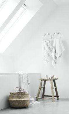 White bathroom, skylight and basket from Bodie and Fou, Elisabeth Heier Styling Diy Bathroom, Laundry In Bathroom, Bathroom Styling, White Bathroom, Bathroom Interior, Modern Bathroom, Relaxing Bathroom, Loft Bathroom, Design Bathroom