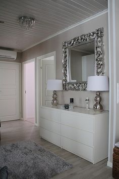 Great Images modern bedroom mirror Ideas Of all the rooms in your own home, your current bed room is just about the just one single you would spend tim. House Design, Home Decor Bedroom, Home Bedroom, Bedroom Mirror, Living Room Decor, Home Decor, House Interior, Bedroom Inspirations, Luxury Interior Design
