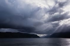 Columbia-River-Gorge {cloudy-moody} nadeenflynn.com