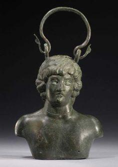 Royal Athena Galleries, Art of the Ancient World Vol. XIX (2008), p. 35, Nr.68. 11,8 cm