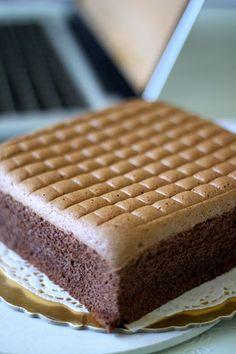 26 Ideas For Cupcakes Simple Receita Cupcakes, Cake Cookies, Cupcake Cakes, Just Desserts, Delicious Desserts, Dessert Recipes, Sweet Desserts, Bolo Chiffon, Ogura Cake